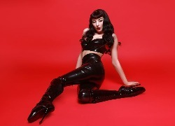 The Top Sexiest, Shiniest, Latex-Fashion Photohoots On PurplePort Now (NSFW)