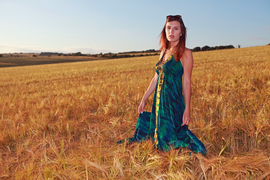 Lozzie Wheat Field / Photography by CosPics, Model Lozzie / Uploaded 19th July 2019 @ 07:20 AM