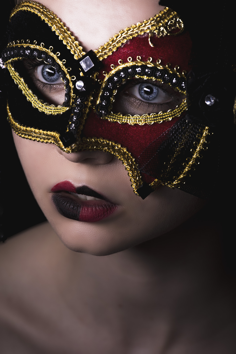 Masquerade / Photography by Chris Booey L, Model Grace A, Makeup by Grace A, Post processing by Chris Booey L, Taken at Chris Booey L / Uploaded 1st May 2017 @ 03:06 PM