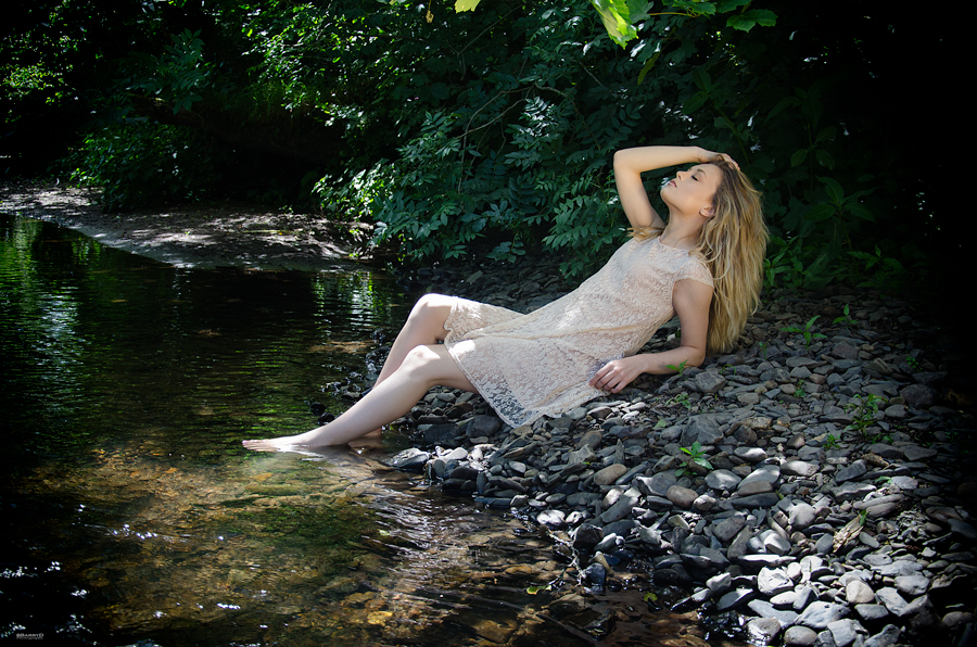 Down by the river / Photography by BarryD, Model KirstyM / Uploaded 18th July 2015 @ 01:54 PM