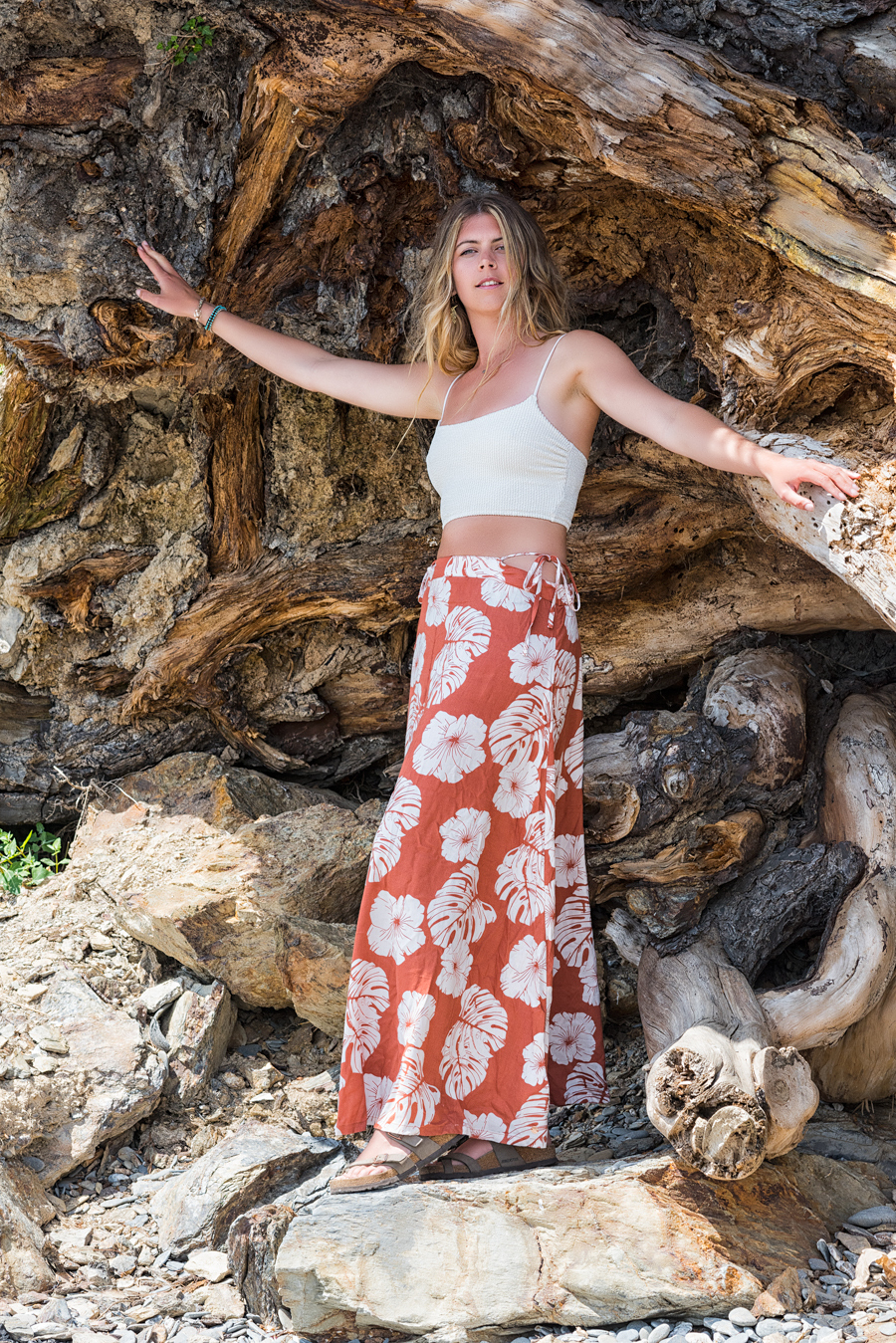 Hannah at a massive tree root / Photography by Mike Lyne, Model Hancharlotte, Post processing by Mike Lyne / Uploaded 24th June 2021 @ 12:17 PM