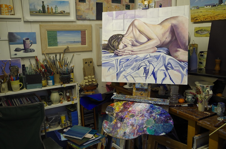 Recent studio shot / Artwork by art65 / Uploaded 23rd October 2016 @ 09:20 AM
