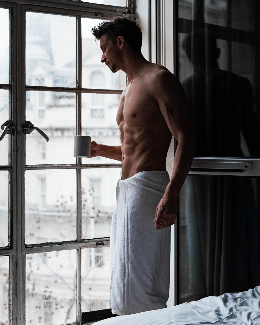 Good Morning London / Photography by PaulMiller, Model PaulMiller / Uploaded 5th March 2019 @ 06:06 PM