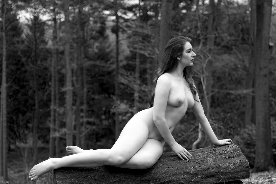 The Nymph / Photography by DonTD, Model Seren Wise, Post processing by Seren Wise, Taken at Far Forest Studio / Uploaded 28th March 2019 @ 10:27 PM