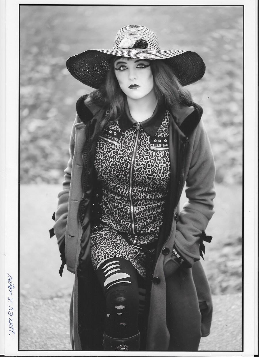 Walking! / Model Maretta Vergette / Uploaded 13th January 2018 @ 02:47 PM