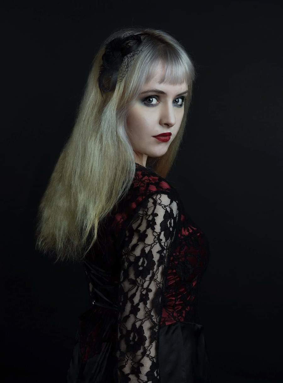 Mystery / Model Maretta Vergette, Taken at The Dairy Barn Studio / Uploaded 29th October 2018 @ 03:06 PM