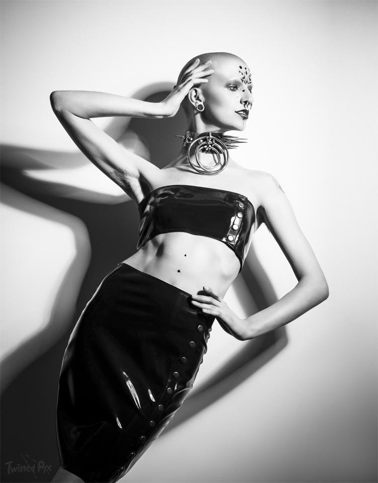 DEAD LOTUS / Photography by TwistedPix, Model Talli Lyndsey, Makeup by RoosJames, Post processing by TwistedPix, Stylist RoosJames, Taken at Studio X / Uploaded 22nd August 2018 @ 06:01 PM