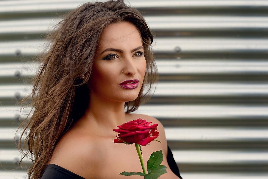 Model Adela Lupse / Uploaded 26th September 2016 @ 09:57 PM