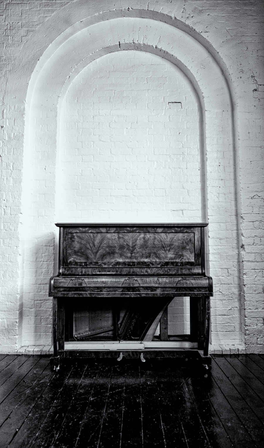 New Piano in the new shooting area / Photography by JTD-Photography, Taken at Natural Light Spaces / Uploaded 25th July 2020 @ 10:38 AM