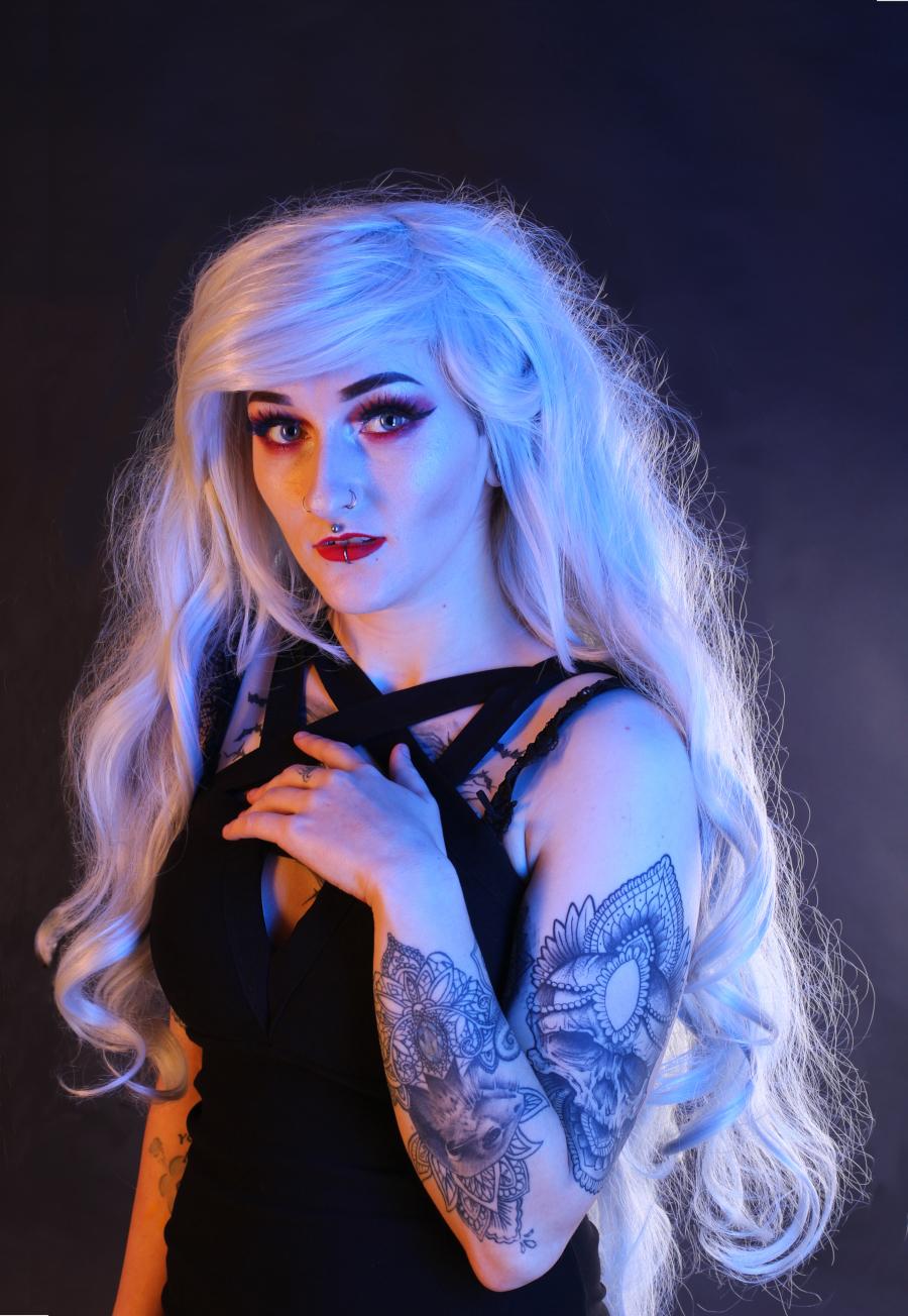 Glow. / Photography by MidgePhoto, Model Jade Alexandra Model, Makeup by Jade Alexandra Model / Uploaded 1st February 2019 @ 12:24 PM