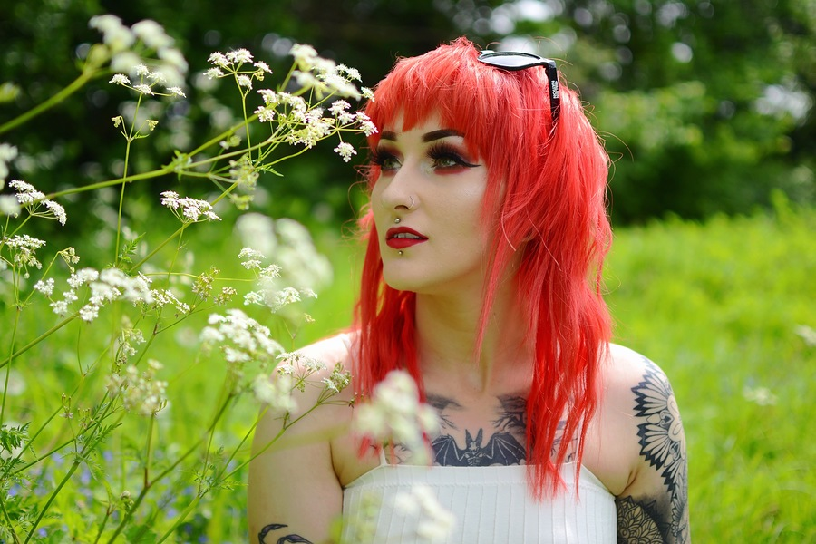 Flowers. / Photography by moonscape, Model Jade Alexandra Model, Makeup by Jade Alexandra Model, Hair styling by Jade Alexandra Model / Uploaded 3rd June 2019 @ 12:08 PM