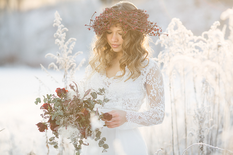 Winterbride / Photography by HelenaP, Makeup by HelenaP, Stylist HelenaP, Hair styling by HelenaP, Designer HelenaP / Uploaded 3rd October 2016 @ 05:46 AM