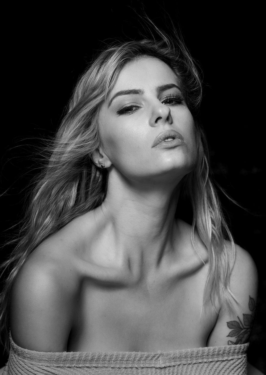 Photography by Simon Reynolds, Model Pippa., Taken at Mick Payton Studios / Uploaded 13th October 2021 @ 10:05 PM