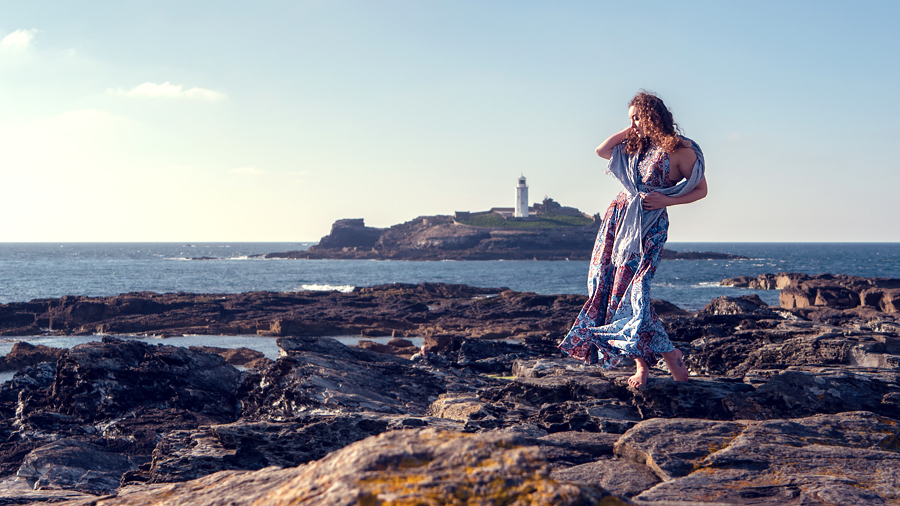 Love on the rocks / Photography by Jeremy, Model Ella Rose Muse / Uploaded 28th May 2019 @ 07:25 PM