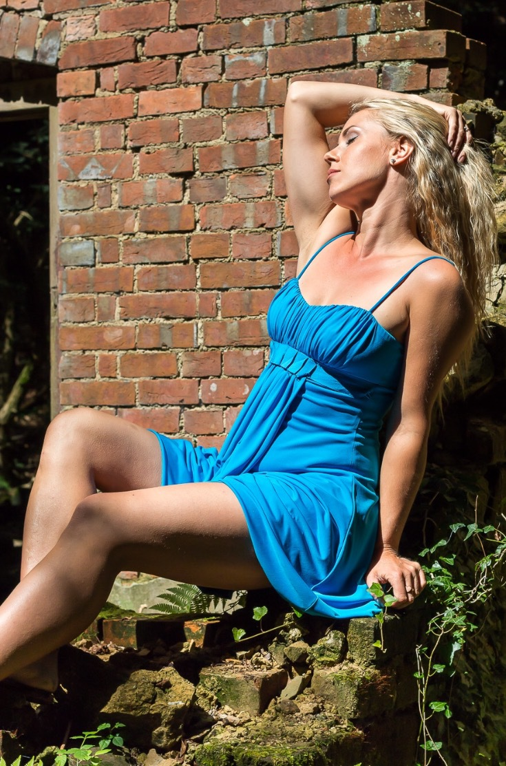 Sun worshipper / Photography by AnthonyG, Model Morgana Buxton, Makeup by Morgana Buxton, Hair styling by Morgana Buxton / Uploaded 4th September 2017 @ 09:01 PM