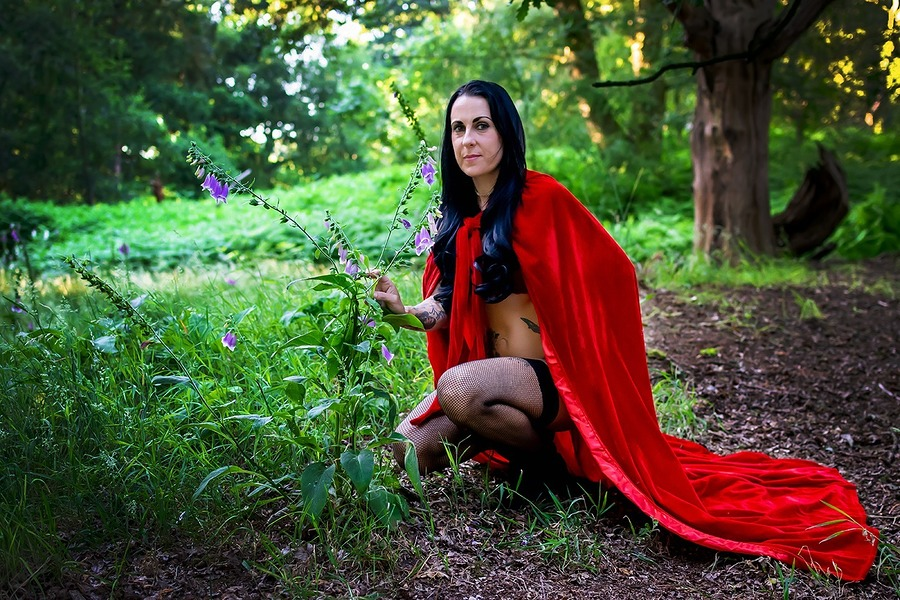 Little red riding hood / Photography by Neil Thetford, Post processing by Neil Thetford / Uploaded 30th June 2018 @ 10:39 AM