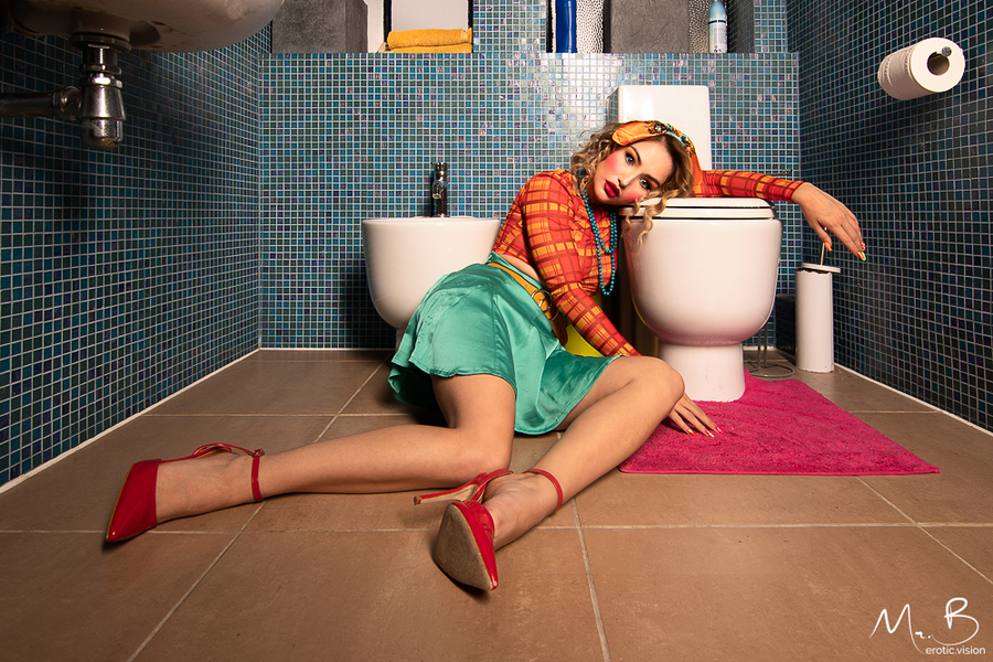 A Night on the Tiles / Photography by Mr.B, Model Rachelle Summers, Taken at The Hacienda / Uploaded 8th November 2019 @ 06:31 AM