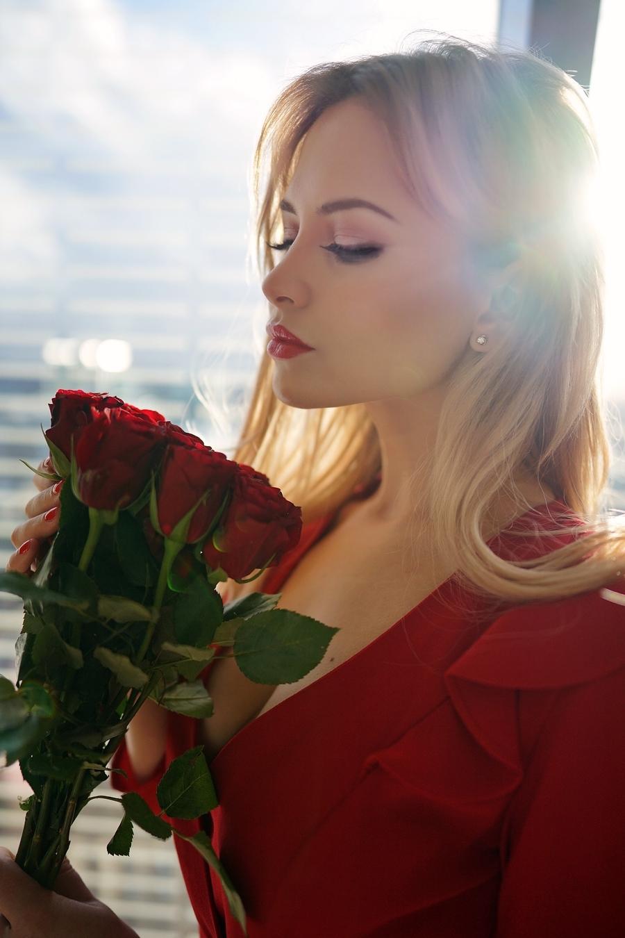 feminine  / Model Katie Royle / Uploaded 28th August 2021 @ 08:16 PM