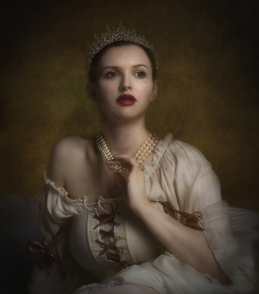 Portrait Of A Princess / Photography by Cazpink, Model Lizzie Bayliss / Uploaded 29th August 2021 @ 08:58 AM