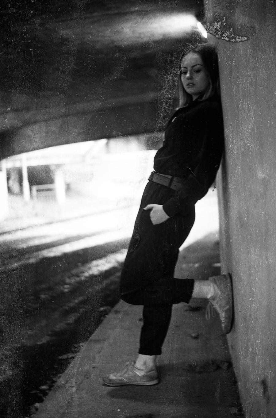 Hanging about / Model Elvira Wolfe / Uploaded 21st September 2019 @ 08:21 PM