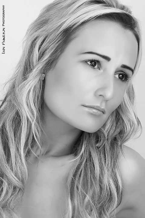 Lisa / Photography by Iain Hamilton Photography - Studio 301, Taken at Iain Hamilton Photography - Studio 301 / Uploaded 5th September 2012 @ 09:40 PM
