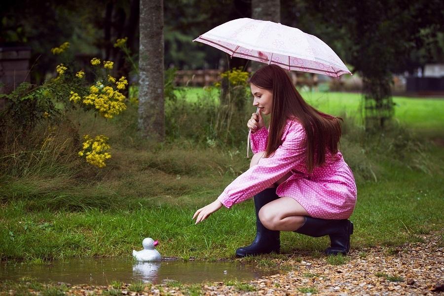 Lovely weather for ducks / Photography by Adrian Stewart, Model Elle Farran, Stylist Elle Farran / Uploaded 26th July 2021 @ 08:23 PM