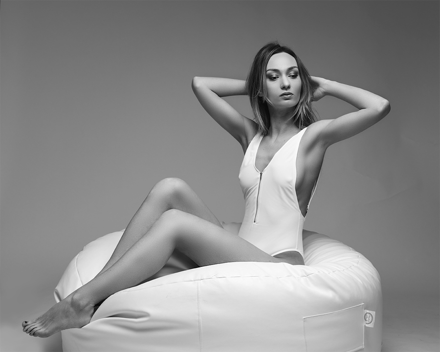 Just Chilling... / Photography by Craig Pitts, Model Anna Wachowicz, Post processing by Craig Pitts / Uploaded 12th February 2018 @ 05:15 PM