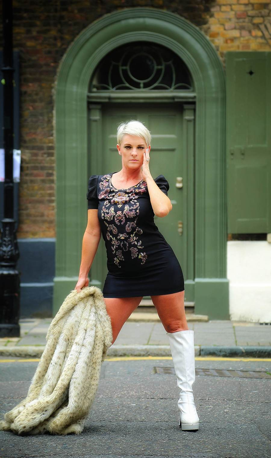 WHITECHAPEL SHOOT / Photography by Andy T1, Model Kylie Britain / Uploaded 29th August 2018 @ 05:21 PM