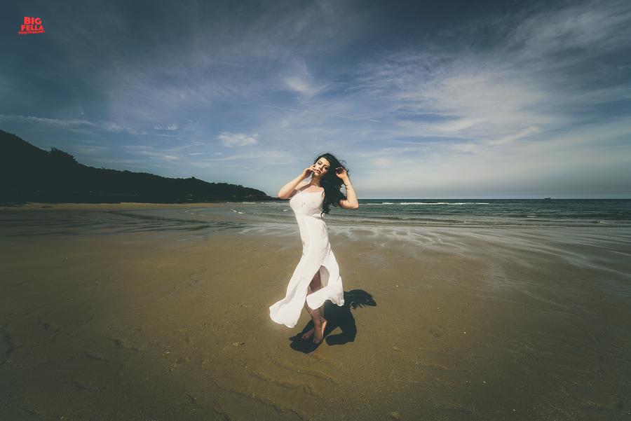 Floating  / Photography by Big Fella Photography, Model Rhianna Grey / Uploaded 5th July 2018 @ 09:20 PM