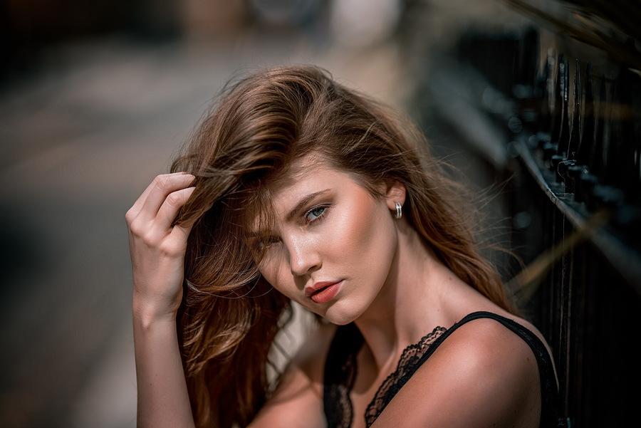 Model Chloe., Makeup by Chloe., Hair styling by Chloe. / Uploaded 30th August 2018 @ 11:13 AM