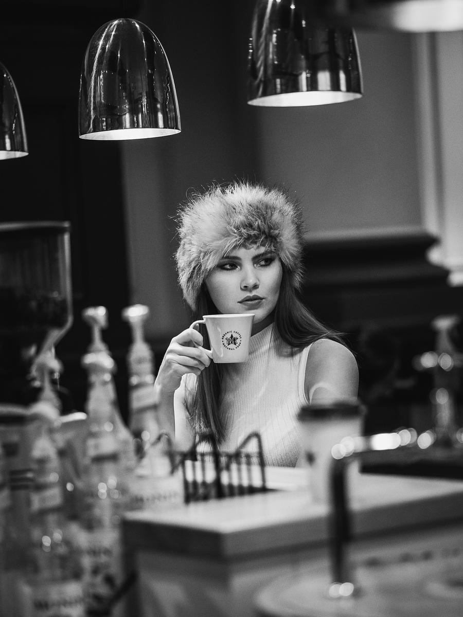 Photography by L I F E L I K E, Model Chloe., Makeup by Chloe. / Uploaded 13th January 2019 @ 10:10 AM