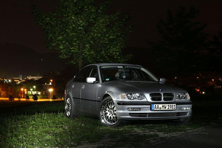My BMW 330xi nightshoot /  / Uploaded 19th April 2017 @ 06:44 PM