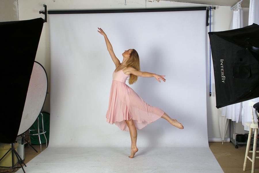Ballerina Lucy Borthwick at Hangleton Lane Studio / Photography by Barney Douglas, Taken at Hangleton Lane Studio / Uploaded 4th November 2017 @ 06:30 PM