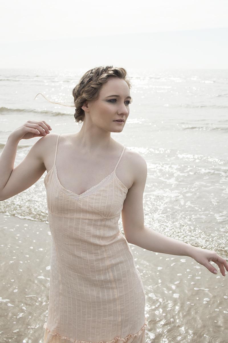 Lost in a sea of dreams / Photography by azealia photography, Model Gwyneth Rhianwen, Taken at zebo / Uploaded 8th April 2018 @ 11:38 PM