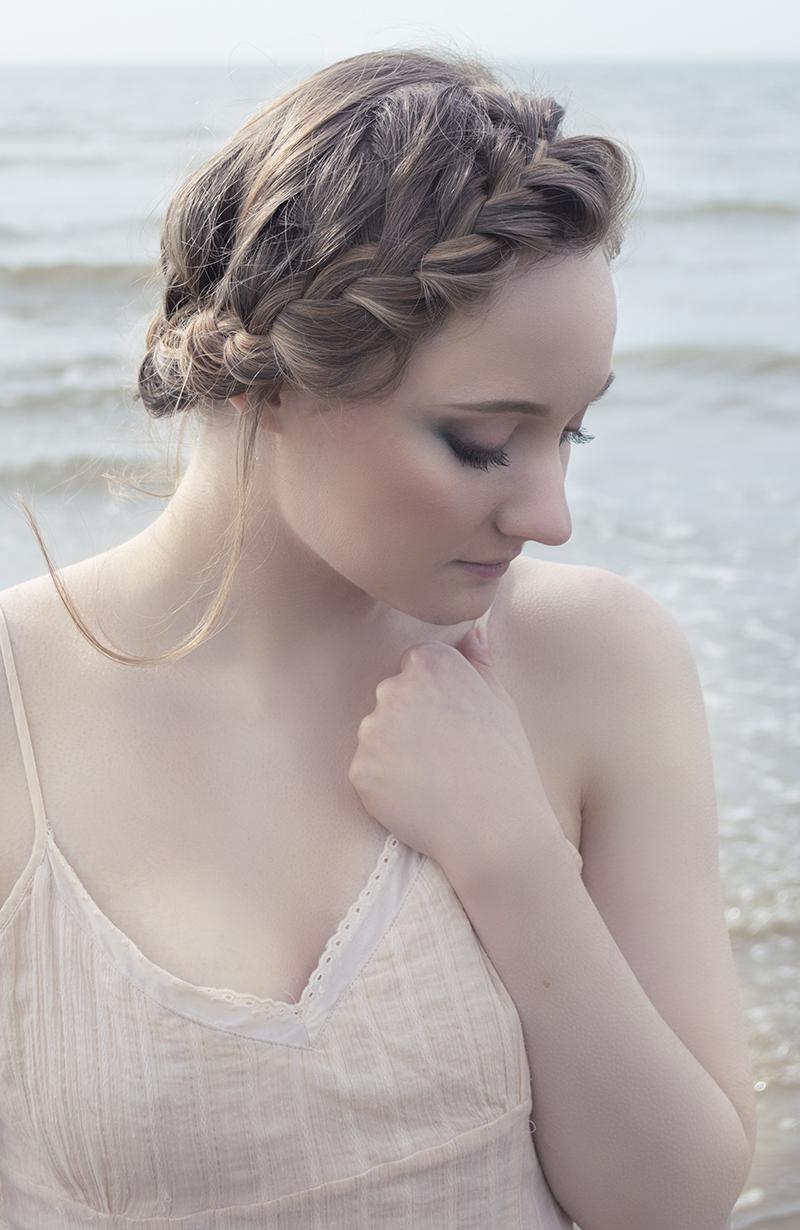 Lady of the sea / Photography by azealia photography, Model Gwyneth Rhianwen / Uploaded 11th April 2018 @ 07:00 PM