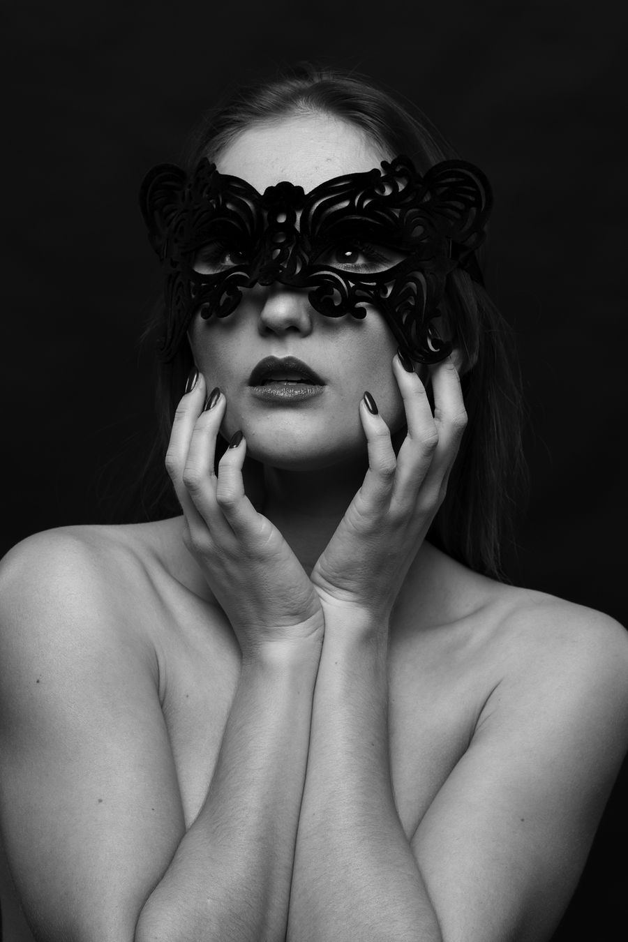 Black & White and Beautiful / Photography by Ian Coyle, Model Rachelle Summers, Taken at Pavilion Photographic Studio / Uploaded 5th November 2015 @ 11:14 PM