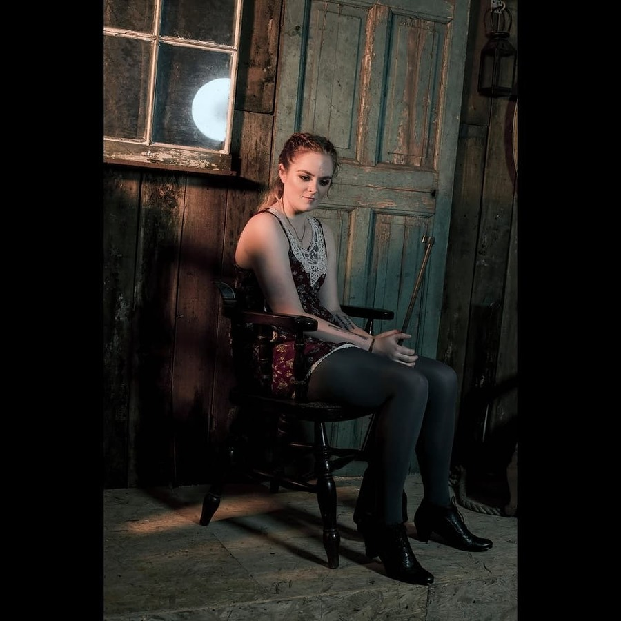 Rifle / Photography by orca photography, Model The Paranormal Student / Uploaded 25th August 2020 @ 06:37 PM