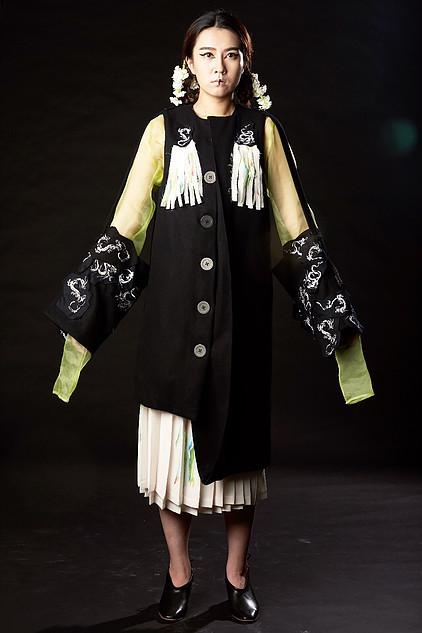 Modern Geisha AW17 / Designer MeiMei / Uploaded 6th October 2017 @ 03:44 PM