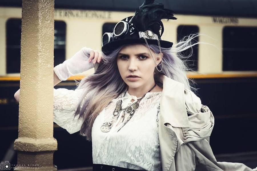 Model Abathur, Makeup by Moonrose / Uploaded 9th January 2019 @ 12:11 AM