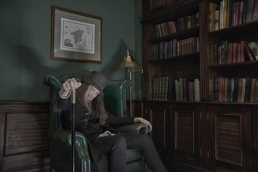 Dorian grey / Victorian theme