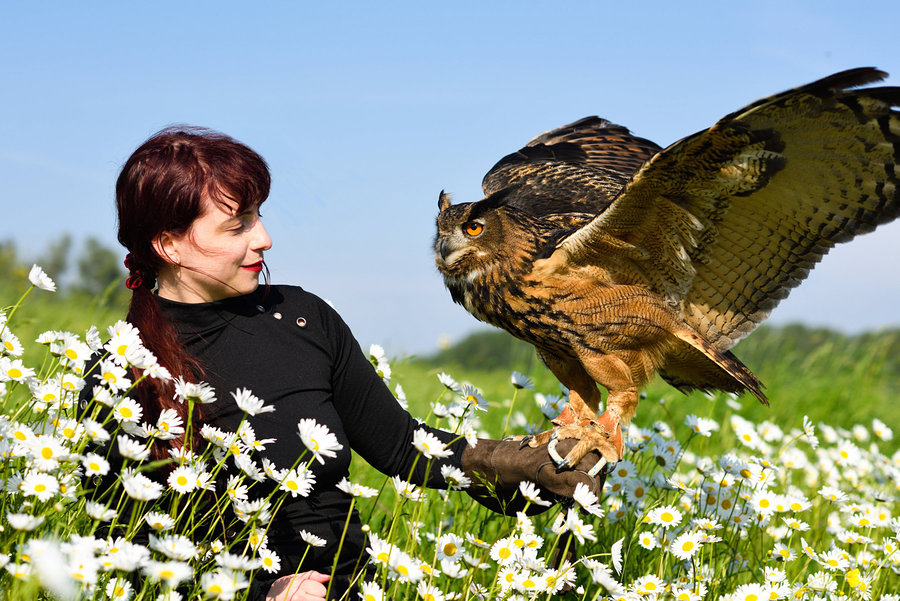 Zara Liore with eagle owl Bo / Photography by Michel Geven, Model Zara Liore, Makeup by Zara Liore / Uploaded 11th June 2018 @ 11:51 AM