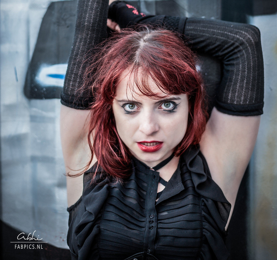 Zara Liore the punk princess in the windy outdoors / Photography by Abhi_, Model Zara Liore, Makeup by Zara Liore / Uploaded 14th July 2018 @ 12:48 PM