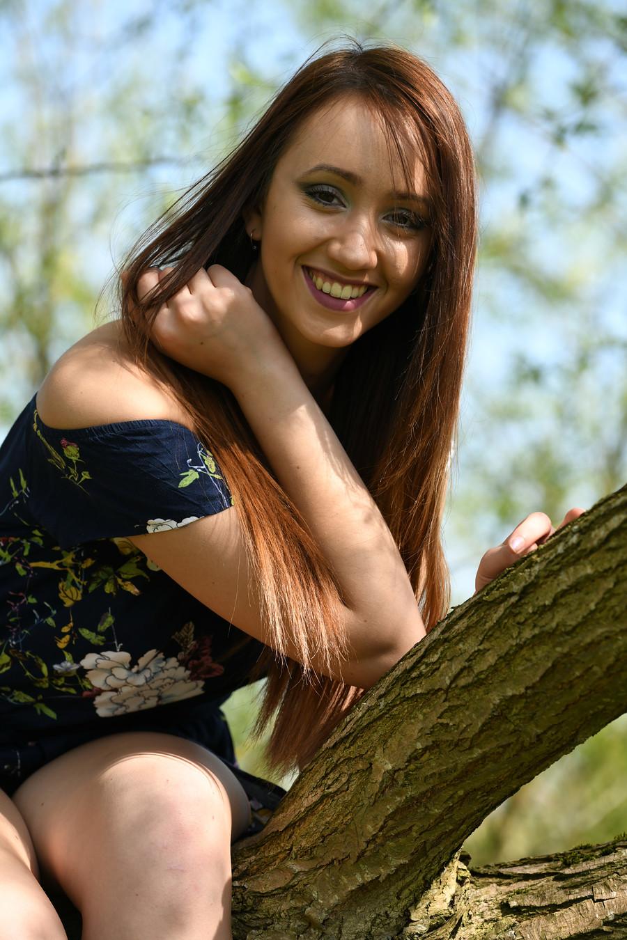 just smile! / Photography by Designer Photography, Model Sophie Alexandra / Uploaded 22nd April 2019 @ 10:16 PM