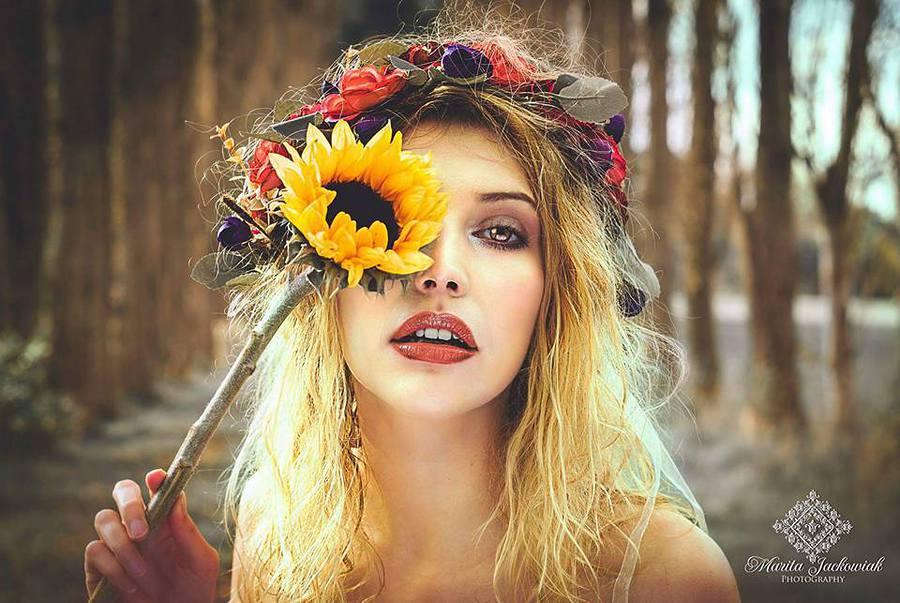 Jazz / Photography by maritajackowiak, Model Jasmine El, Makeup by Sarah Davies Makeup Artist Hairstylist, Post processing by maritajackowiak, Stylist maritajackowiak / Uploaded 21st October 2017 @ 09:48 PM