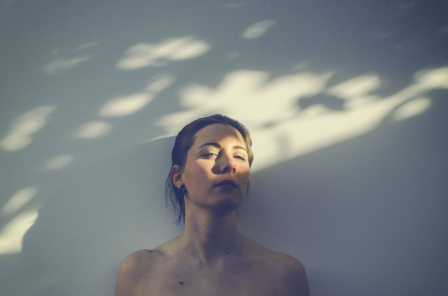 Light / Photography by Storm, Model Nixe Phoria, Makeup by Nixe Phoria / Uploaded 1st October 2014 @ 12:20 PM