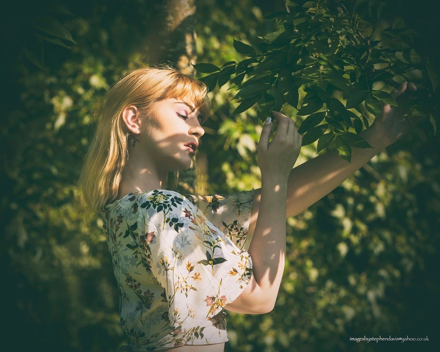 It feels like summer / Photography by Imagesbystephendavis, Model Georgia Brown, Makeup by Georgia Brown / Uploaded 10th July 2019 @ 08:06 AM