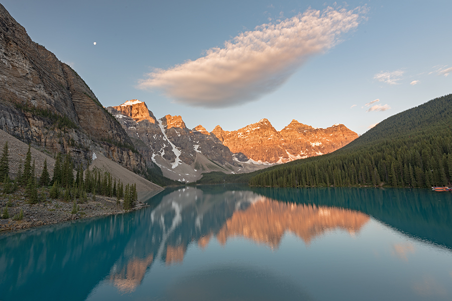 Moraine Lake, Banff National Park, Canada Sunrise / Photography by Andy Oliver, Post processing by Andy Oliver / Uploaded 10th February 2019 @ 11:36 AM