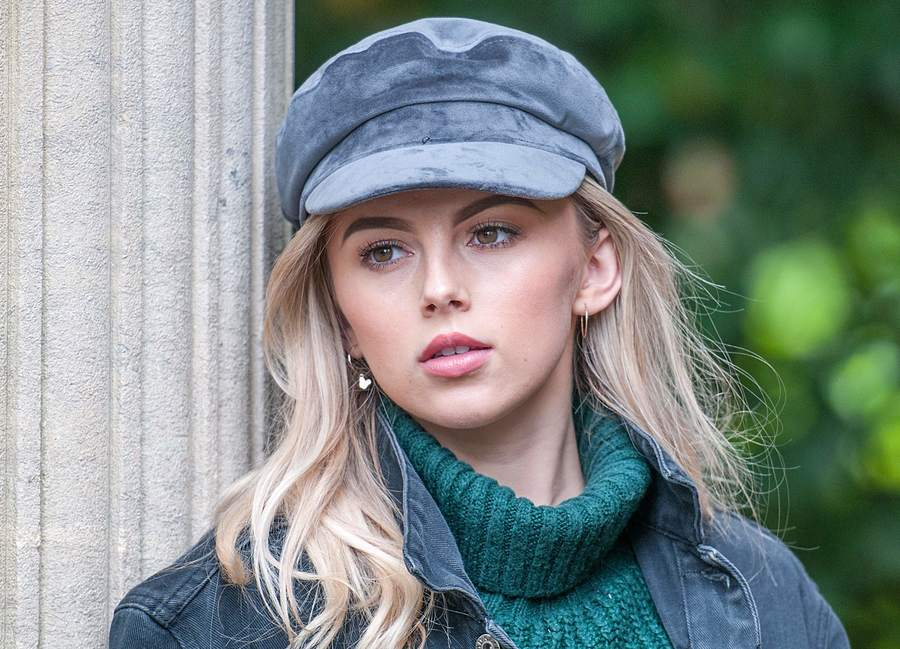 Hat and Jumper Weather / Photography by nigel kent, Model Keziah / Uploaded 14th November 2019 @ 07:54 PM