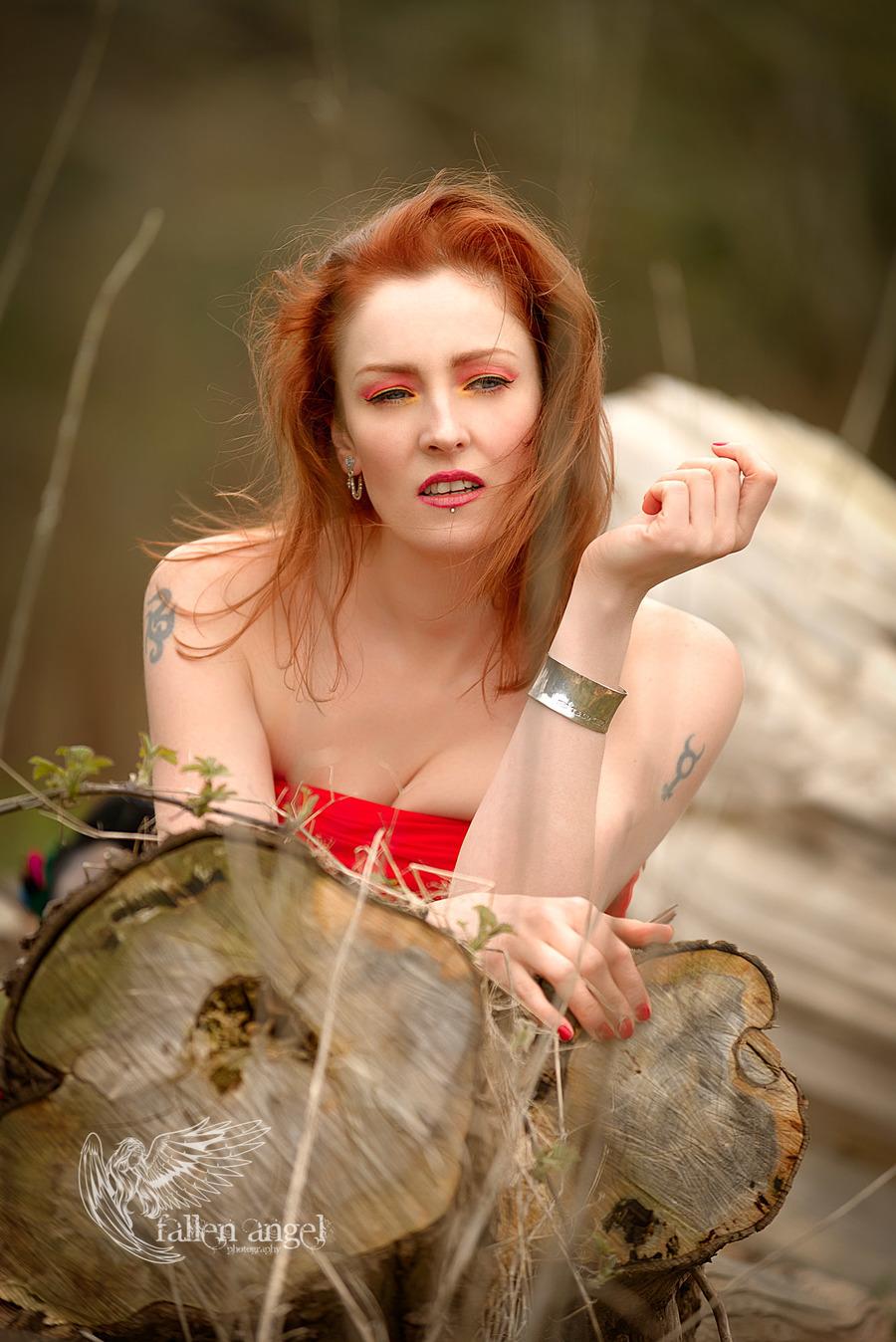 Photography by Fallen Angel Photography, Model Peaches Du Jour, Makeup by Peaches Du Jour / Uploaded 5th April 2018 @ 10:48 AM