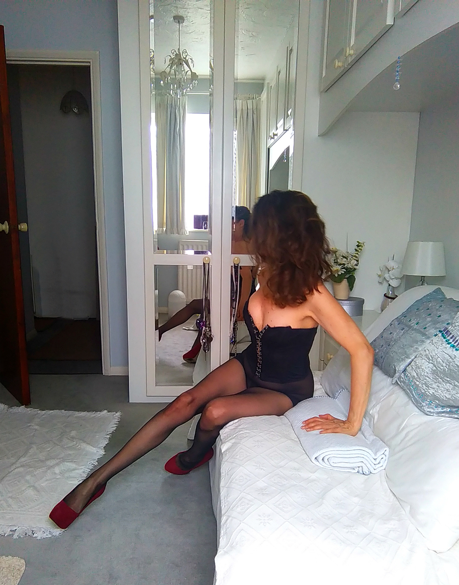 Lady LaBasque in  a basque / Photography by LLB, Model LLB / Uploaded 29th August 2016 @ 05:20 PM